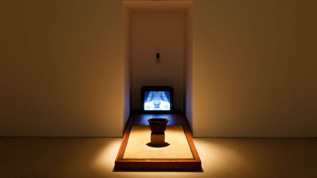 This image has an empty alt attribute; its file name is coscienza-arte-bill-viola_orig.jpg